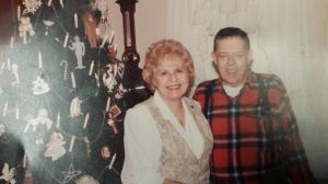 MOM & DAD CHRISTMAS 1990